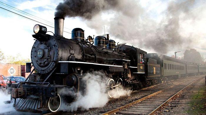 Locomotora a vapor un clásico ejemplo de motor a vapor