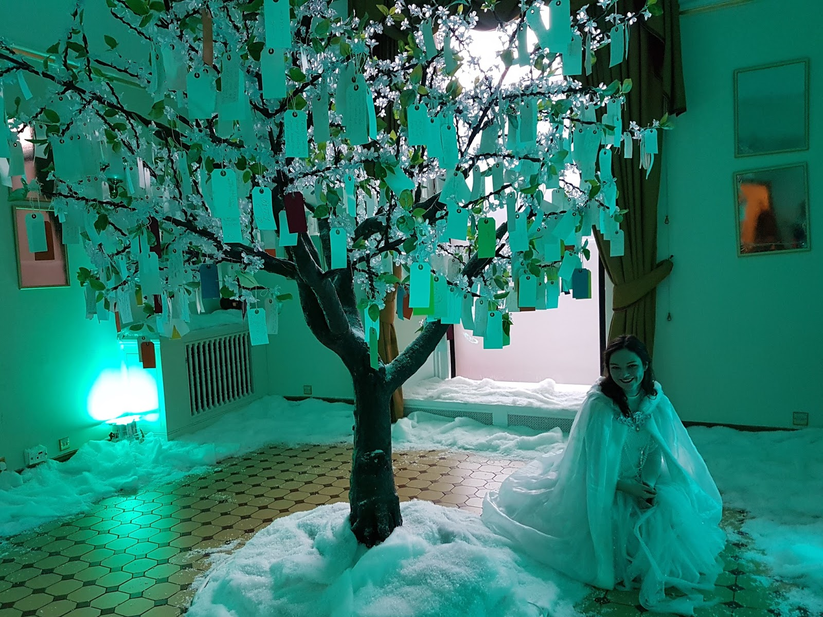 snow queen and wishing tree