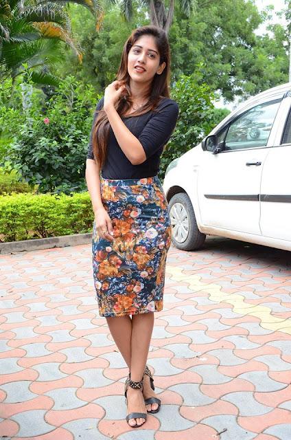 Actress Chandini Chowdary Stills at Howrah Bridge Movie Trailer Launch
