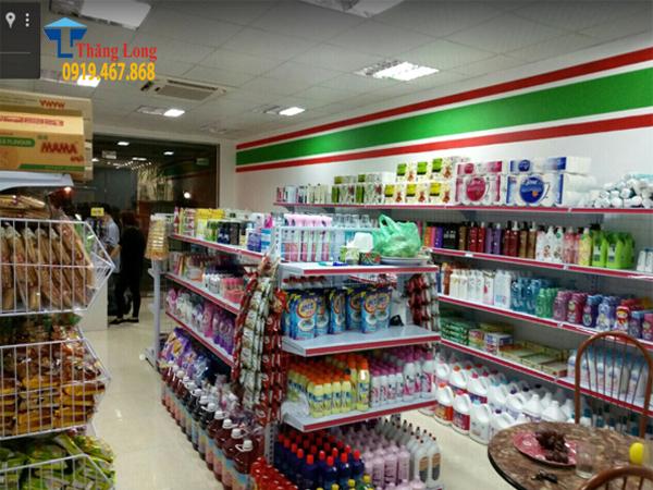 Vai trò quan trọng của kệ bán hàng siêu thị