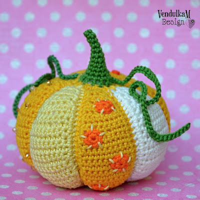Crochet patchwork pumpkin by VendulkaM
