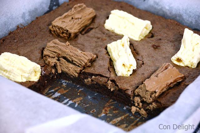 בראוניס מקופלת Chocolate log brownies mekupelet