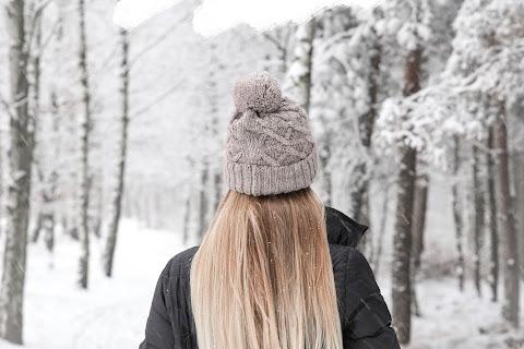 Jak dbać o włosy zimą? 10 cennych rad! - czytaj dalej »