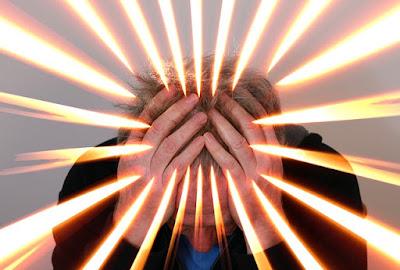 Penyakit Sakit Kepala Sebelah (Migrain) - Gejala, Penyebab, dan Pengobatan