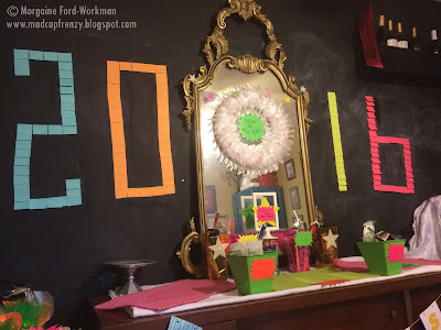 Glow in the New Year 2016 post-it wall setup start
