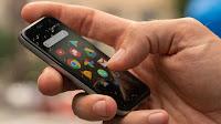Smartphone con schermo piccolo sotto i 6 pollici