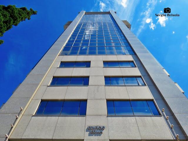 Perspectiva inferior da fachada do Edifício Edma - Vila Mariana - São Paulo