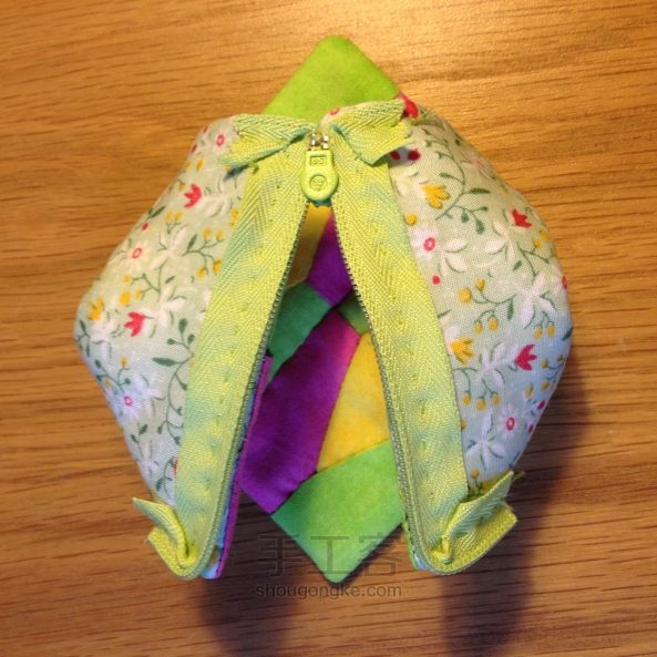 Earbud headphones purse. Patchwork DIY tutorial. Чехол для наушников