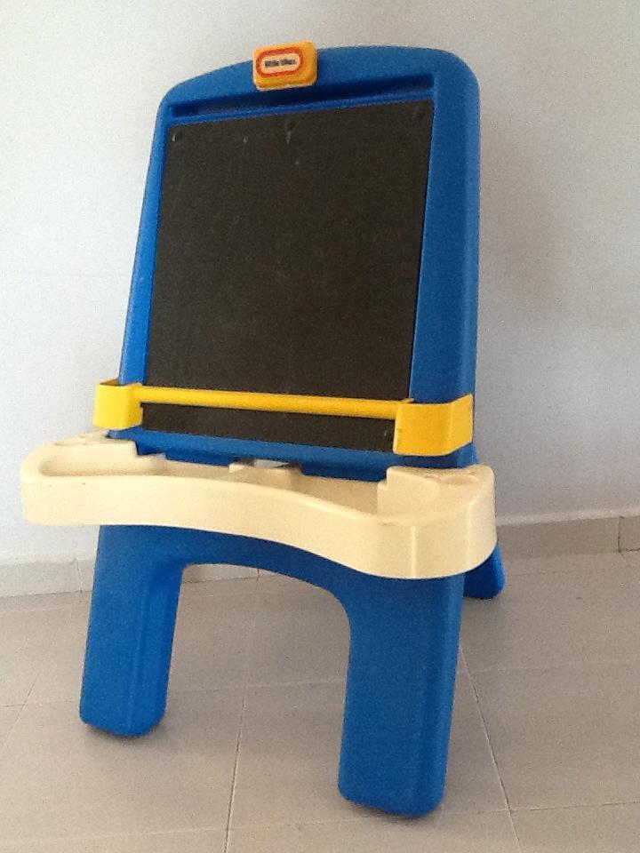 Car Seat Pillow >> Little Tikes easel Chalkboard - G0B0KST3R