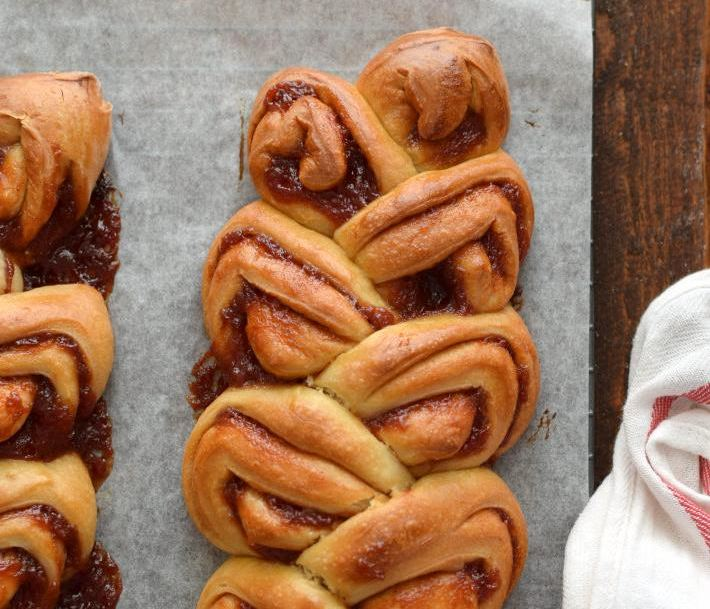 Pan dulce relleno de guayaba, detalle de la forma espigada