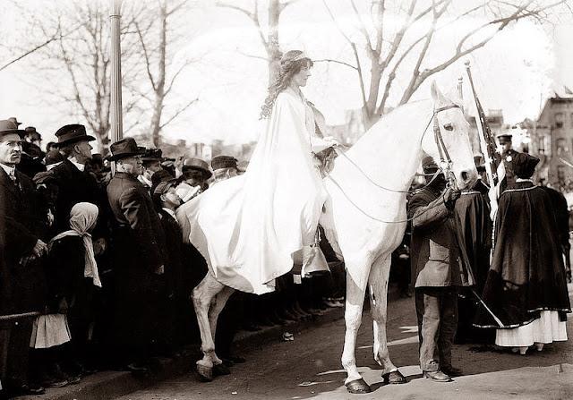 La marcha por el sufragio femenino en 1913, Washington