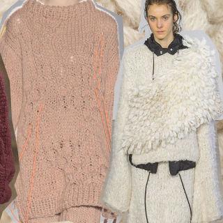 Maglione in lana indossato su maglioni in lana