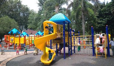Play Ground di Alun-Alun Lumajang