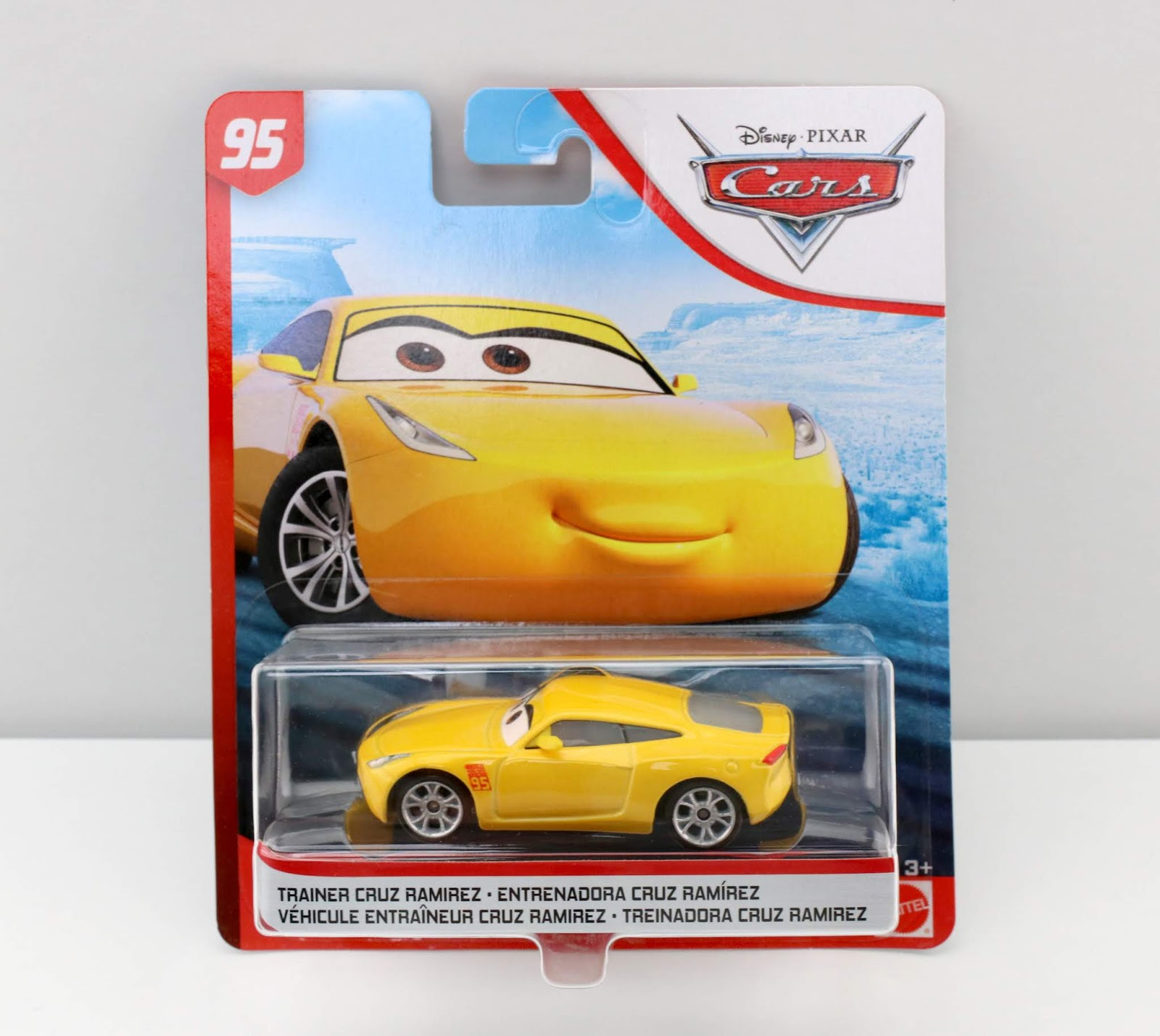 Cars 3 Trainer Cruz Ramirez diecast review