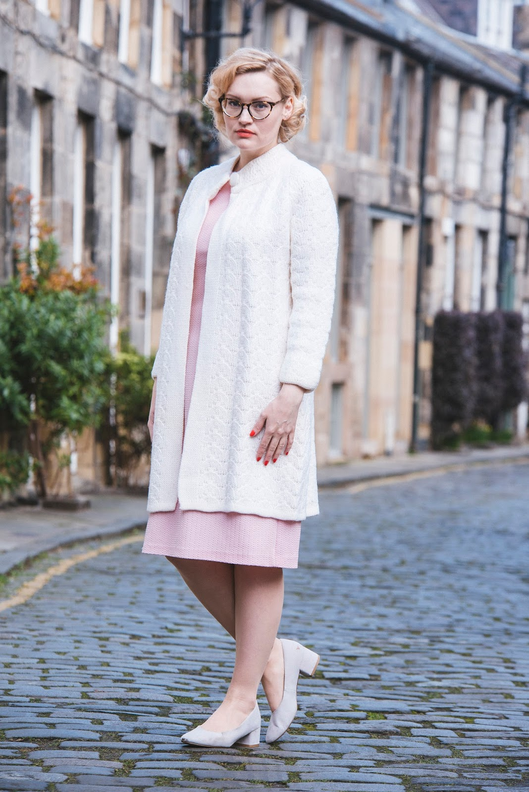 Washington Gwande photography, Fashion blogger wardrobe conversations in vintage 1960s coat and dress in edinburgh, circus lane photoshoot location, thunderbird penelope outfit, pink knit dress, #30wear campaign, caring for vintage clothes, sustainable fashion, ethical fashion, getting wear out of your clothes, thoughtful fashion