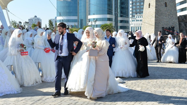 Presiden Chechnya Anjurkan Poligami