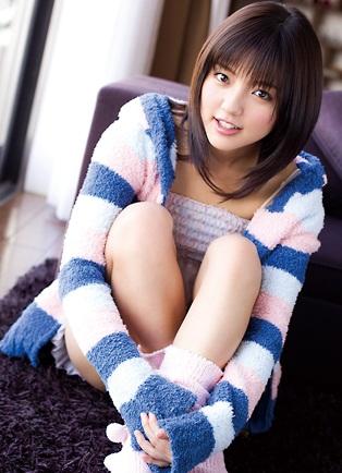 Mano Erina 真野恵里菜 Photos 13