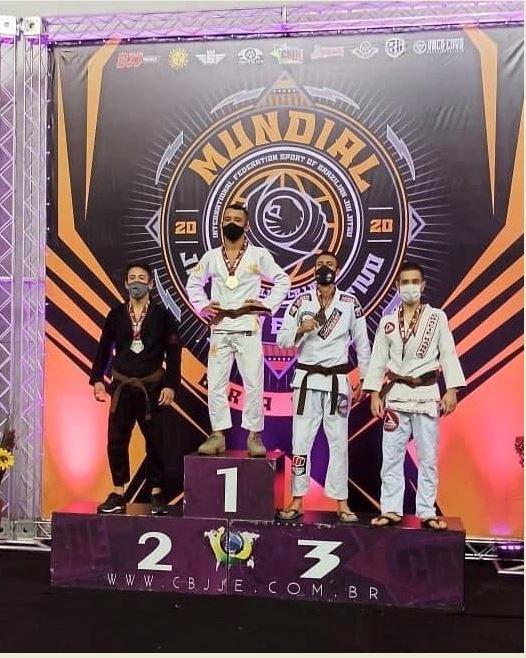 Emerson da Academia Alliance Jiu Jitsu sagrou-se vice campeão mundial em Campinas