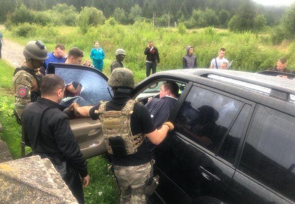 Мэра города Сколе Львовской области второй раз задержали на взятке