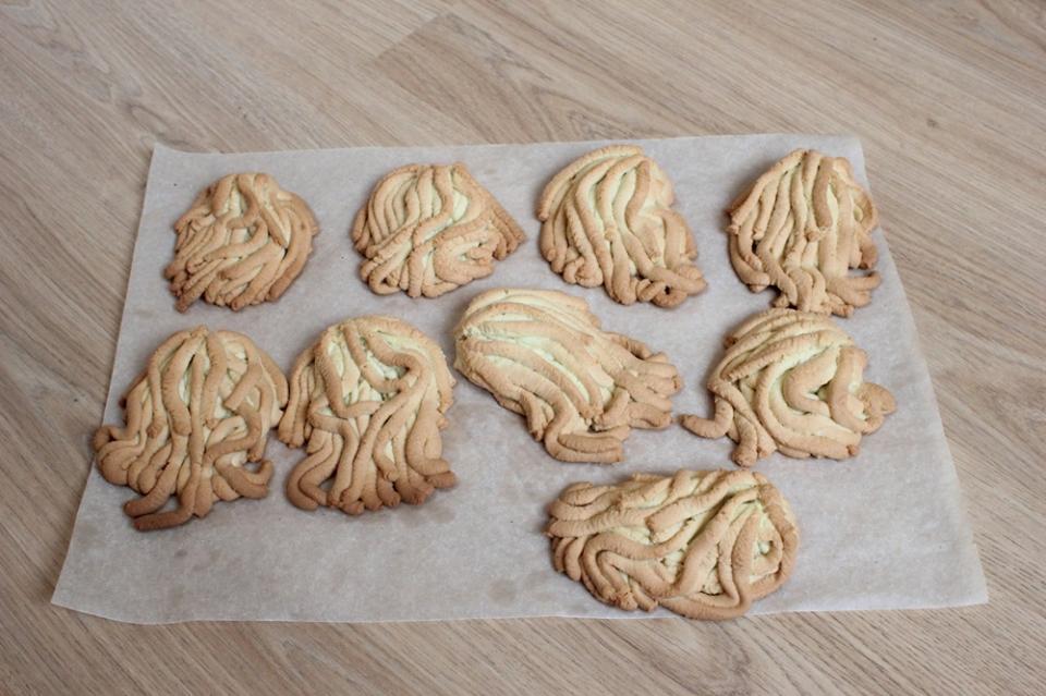 Ностальгическое печенье Хризантема из мясорубки: рассыпчатое, песочное, вкусное