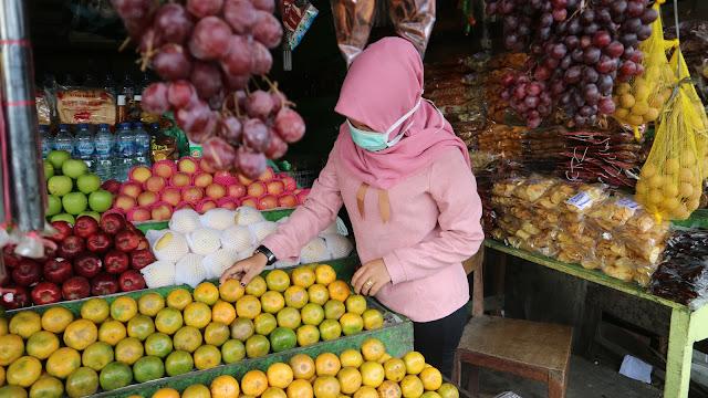 Penjualan Buah di Nagan Raya Lesu