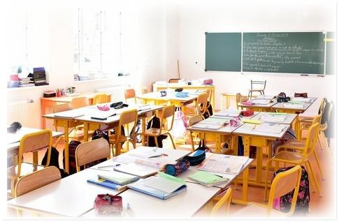 مدارس خصوصية تنادي بوقف تسليم شواهد المغادرة تفاديا للإفلاس