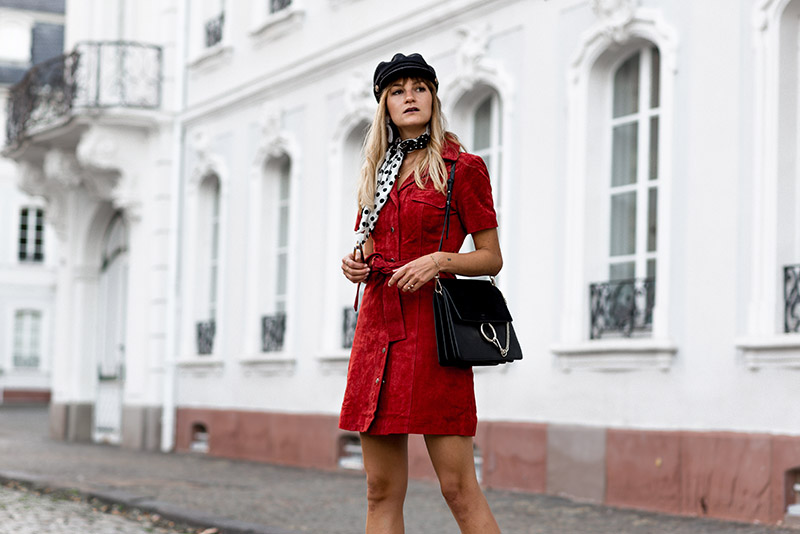 seventies-look-whowhatwear-fashionardenter-blogueuse-mode-summer-to-fall-look-seventies-fashion-blog-mode-francais-french-style-vintage-what-to-wear-fall-2018-french-look-automne-2018