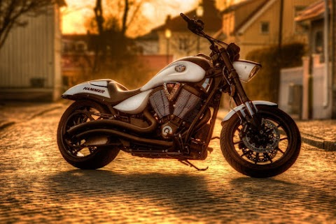 Latest Top 20+ Bullet Bike and Harley Davidson Bike Images