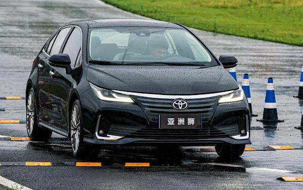 Toyota Allion chega ao mercado chinês para enfrentar o VW Sagitar
