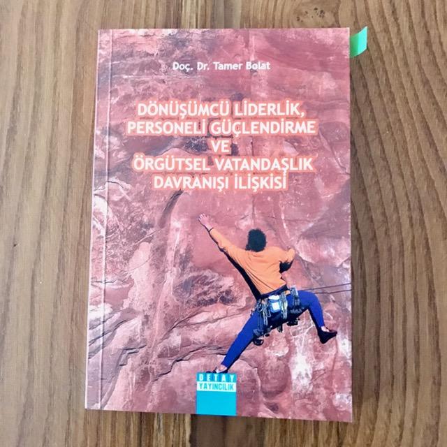 Orgutsel Vatandaslik Davranisi & Kitap Onerileri (Kitap)