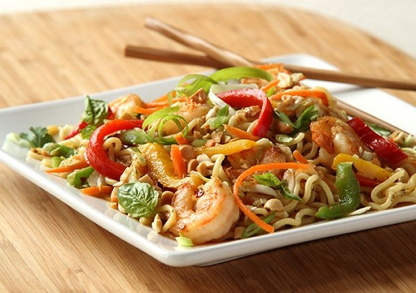 Coconut Oil with Shrimp and Noodles - 3