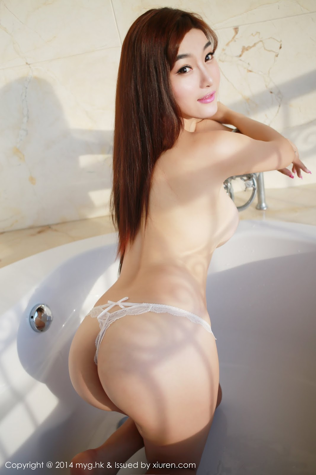 0010 - Beautiful Naked Girl Model MYGIRL VOL.35
