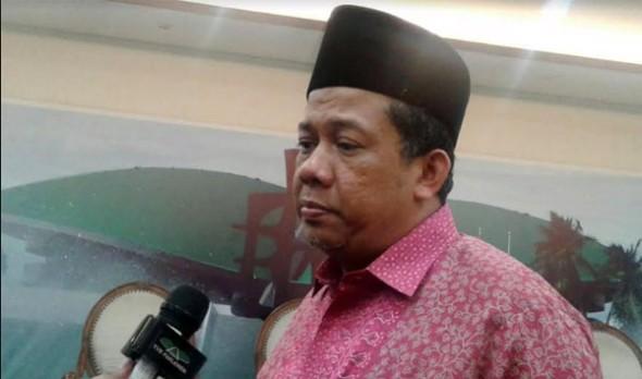 Nih Anggota Dewan Terhormat Batal Ceramah di Masjid UGM, Kampus Minta Takmir Ganti Ini Orang....