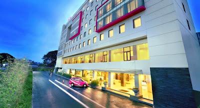 Favehotel Hyper Square Bandung tampak depan
