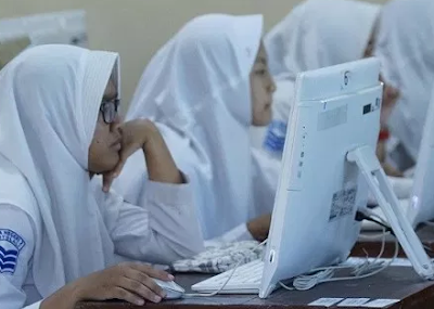 Contoh Soal Membandingkan Dua Teks | UN Bahasa Indonesia SMA 2020