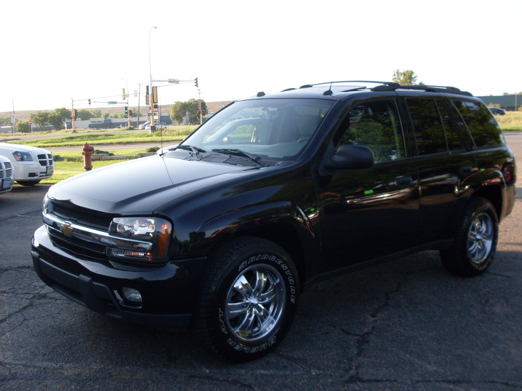 Ride Auto 2005 Chevrolet Trailblazer Black