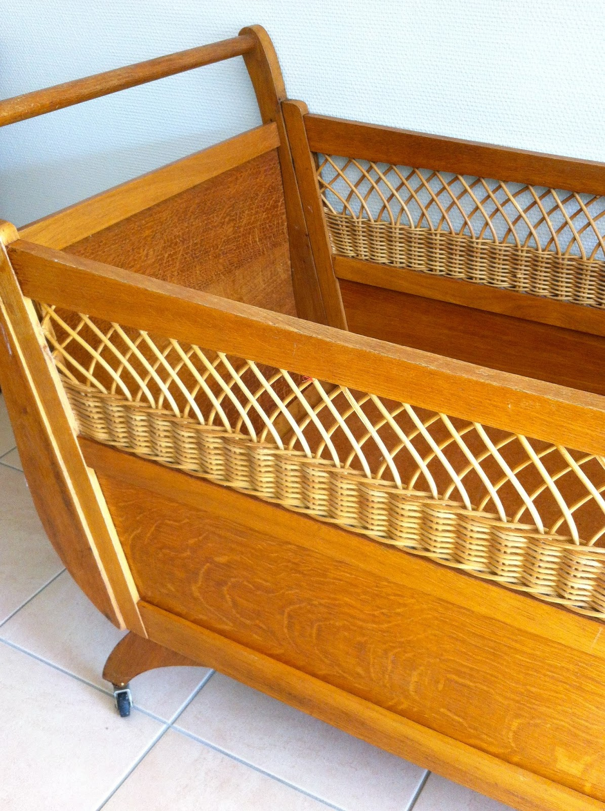 m m marcelle lit enfant vintage. Black Bedroom Furniture Sets. Home Design Ideas