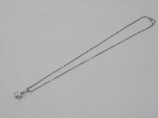 ダイヤモンドネックレス(プラチナ製)を買い取り致しました