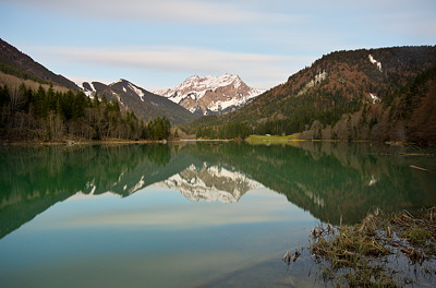 Springtime dusk on Vallon lake