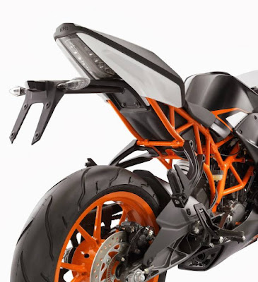 KTM RC 200 back view