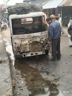 Jaunpur  ट्रांसफार्मर में लगी आग, तीन वाहन जले लाखों की क्षति