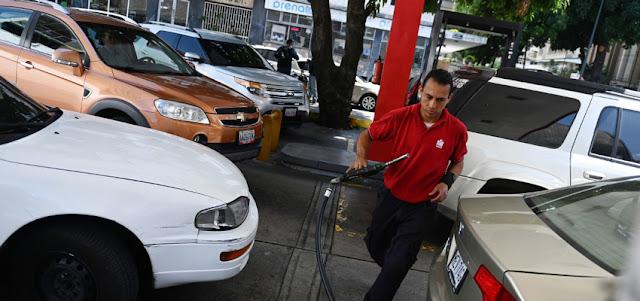 Detenidos gerentes de Pdvsa, Corpoelec y militares por contrabando de gasolina