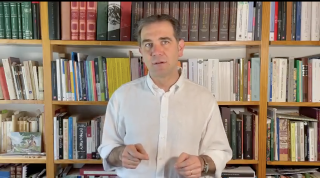 Polarización representa un riesgo para la democracia en el mundo: INE