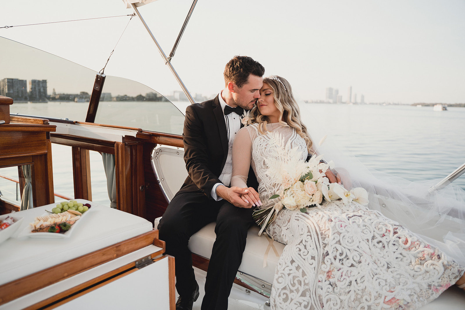 STYLED: WEDDING DAY ADVENTURES ON THE WATER | EDITORIAL INSPIRATION GOLD COAST QLD