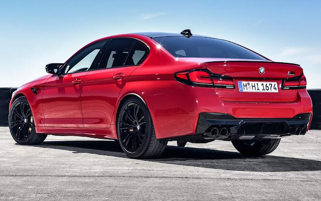 Novo BMW M5 2021