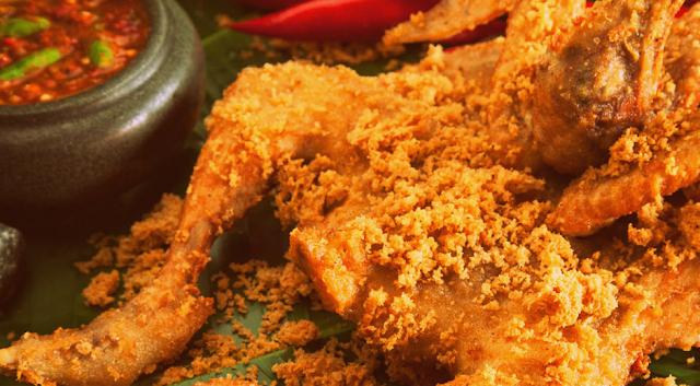 10 Kuliner Makanan Khas Sleman, Yogyakarta Yang Wajib Anda Nikmati - Ayam Goreng Kremes Kalasan