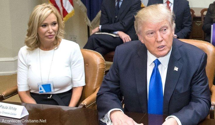 Paula White y Donald Trumpa