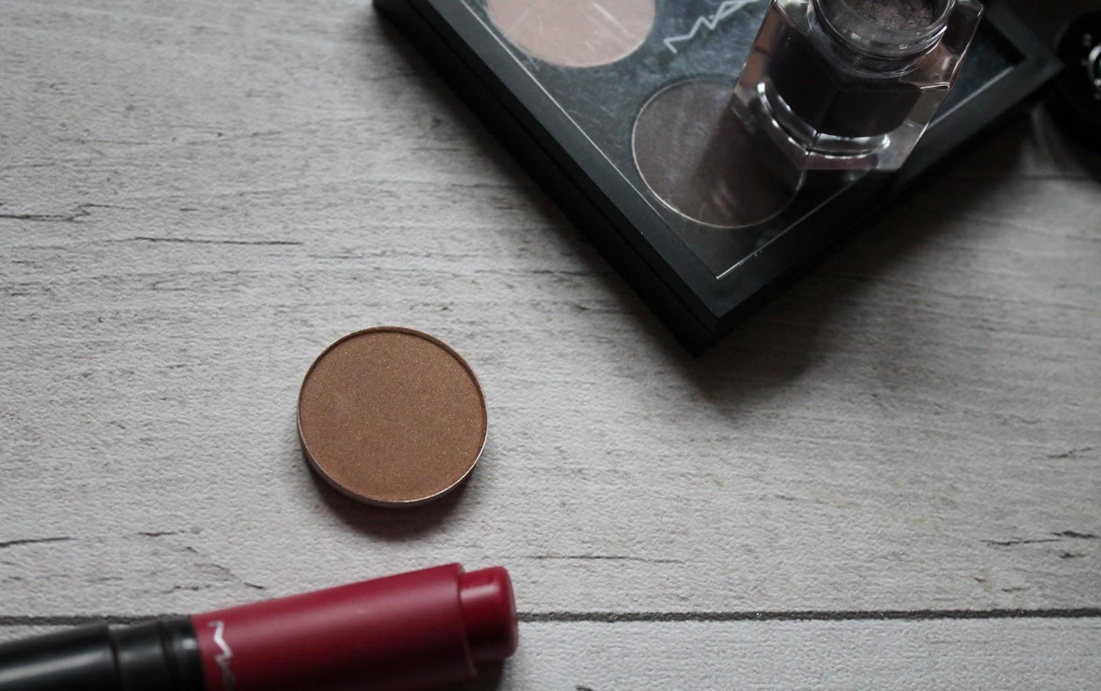 Weekend Ramblings: MAC Soba Eyeshadow - Photos, Swatches ...   Mac Soba
