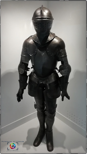 METZ (57) - Musée de la Cour d'Or : Armure dite de Jeanne d'Arc