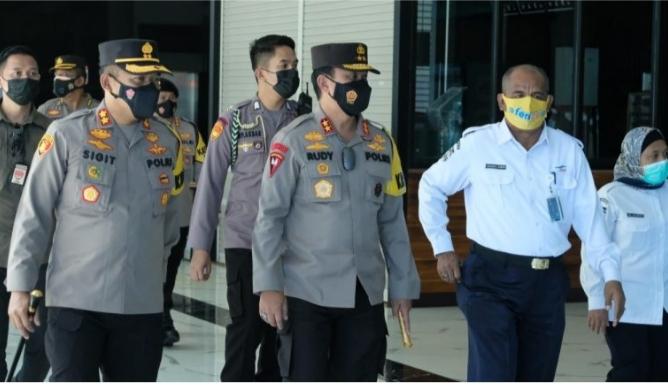 Kapolda Banten Cek Kesiapan ASDP dan Pelabuhan Merak Banten
